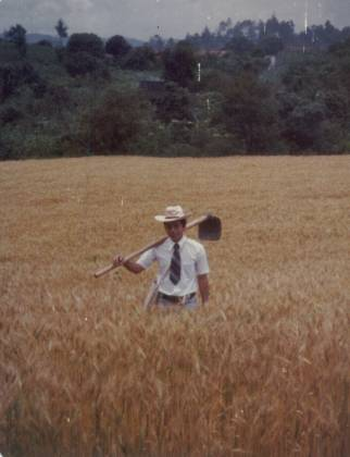 Elder Argueta in the field