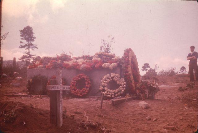 Elder Hixon at Daniel Choc's grave