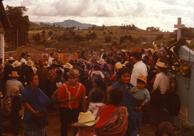 Elder Frischknecht teaching at the Comalapa cemetery on the Día de los Santos, November 1, 1975