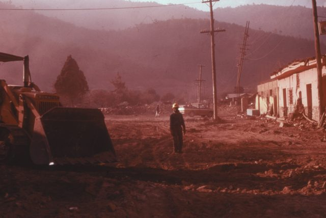Clearing the streets in Comalapa days later (Photo courtesy Michael Morris)