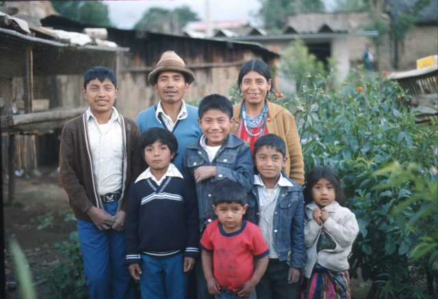Francisco Aju Family in 1978.