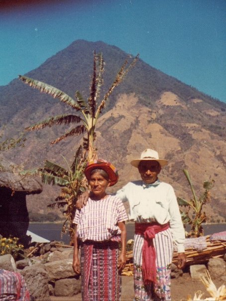 Lake-Atitlan-1-couple