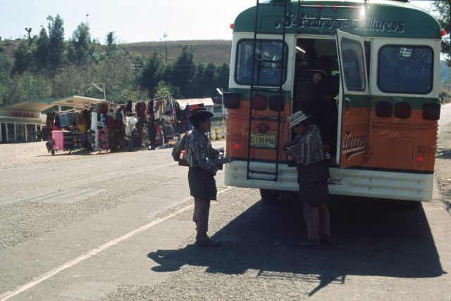 Bus transfer point at Los Encuentros