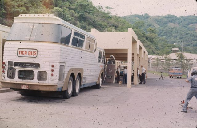 Tika-bus-‎Guatemala-El-Salvador-photo-Chris-Crosby