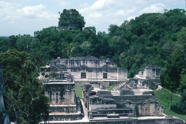 Tikal 1976 08